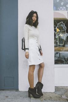 BREAKFAST JAUNT, button front skirt, fall essentials