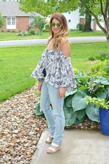 Boho Off-the-Shoulder., wedges, boho, off-the-shoulder, men's jean, men's skinny jeans, casual, festival style