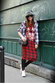 Last day in Paris, tartan, grunge