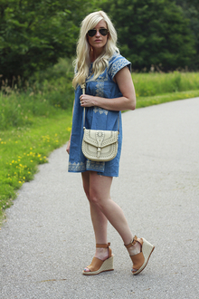 Embroidered Denim Dress, LMespadrille