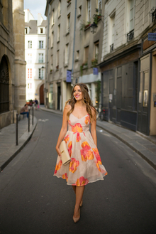 DRESSED UP IN PARIS, pointed shoes, floral dress