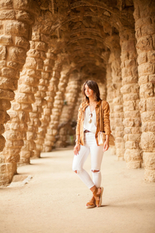 PARK GÜELL, LMallwhite, fringe jacket, white pants, distressed jeans