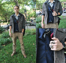 Cole Sprouse: Vest to Impress, corduroy, layers, rings, vest, cole sprouse, celebrity sighting