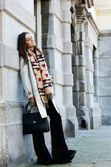 BURBERRY SCARF BAR, fall scarf, trench coat