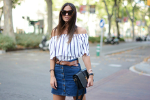 Striped Off-Shoulder, LMoffshoulder