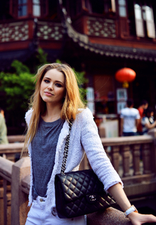 TEA TIME AT THE YU GARDEN IN SHANGHAI