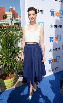 Trend Edit : Crop Tops - Celebrity Style Anne Hathaway